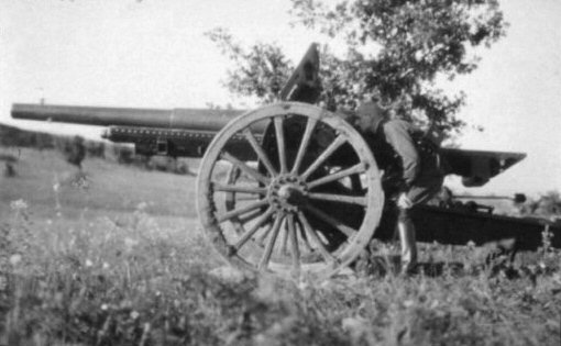 Polish 105mm wz.13 gun