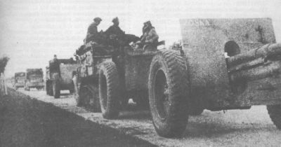 100mm wz.14/19P howitzers with C4P tractors [source 2].