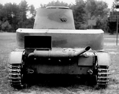 Rear view of a Polish modified Vickers Mk.E tank